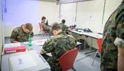 Wer im Militär weiter macht, kann Ausbildungsgutschriften beantragen. (Bild: Andrea Stalder)