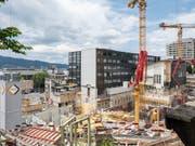 Der Stimmungsindikator für die Schweizer Wirtschaft ist auf den tiefsten Stand seit Februar 2016 gefallen (Bild: KEYSTONE/CHRISTIAN BEUTLER)