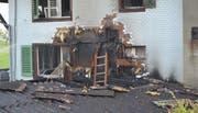 Die zerstörte Hausfassade (Bild: Luzerner Polizei)