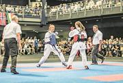 Catarina Bieler (Karateka links) während ihres WM-Finalkampfs. Bild: Mirco Dalla Lana (Stockholm, 21. Juli 2018)