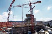 Ist zu einem grossen Teil verantwortlich für das Verbrauchen von unbebauter Bauzone: das Suurstoffi-Areal in Rotkreuz. (Bild: Werner Schelbert (26. Juli 2018))