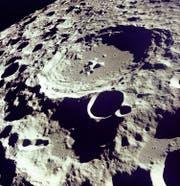 Krater 308 von Apollo 11 aus fotografiert. (Bild: Keystone)