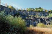 Beim Steinbruch Campiun haben sich im vergangenen Herbst Steine gelöst. (Bild: Heini Schwendener (22. Oktober 2016))