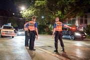 Die Polizei im Einsatz. © Urs Bucher/TAGBLATT
