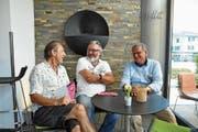 Dieter Bös, Harry Tschumy und Jgnaz Keller besprechen die Jazzmeile 2018. (Bild: Urs Brüschweiler)