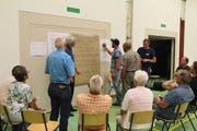 Unter der Leitung von Stephan Käppeli von der Hochschule Luzern machten die Gruppenmitglieder engagiert mit. (Bild: Paul Gwerder, Bauen, 2. Juli 2018)