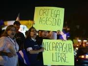Bei Auseinandersetzungen von Teilen der Bevölkerung gegen die Regierung in Nicaragua sollen bereits mehr als 300 Personen ums Leben gekommen sein. (Bild: KEYSTONE/EPA EFE/EDWIN BERCIAN)