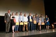 Die geehrten für die besten interdisziplinären Projektarbeiten (Bild: Donato Caspari)