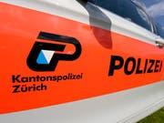 Die Kantonspolizei Zürich hat in Wädenswil einen der meistgesuchten britischen Betrüger verhaftet. (Bild: KEYSTONE/WALTER BIERI)
