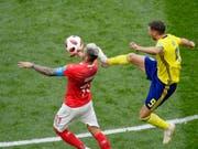 Gehörte an der WM in Russland zu den auffälligsten Schweizer Figuren - und macht im Nationalteam weiter: Valon Behrami (Bild: KEYSTONE/AP/DMITRI LOVETSKY)