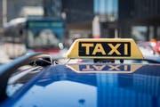 Senioren können seit letztem Oktober auch tagsüber in Arbon für 5 Franken Taxi fahren. (Bild: Michel Canonica)