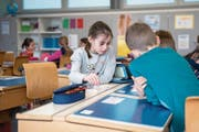 Kanton Luzern und Gemeinden diskutieren über die Finanzierung der Volksschule. (Bild: Symbolbild: Boris Bürgisser)