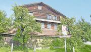 Das 700-jährige Holzhaus an der Lauigasse in Steinen. Bild: Jürg Auf der Maur