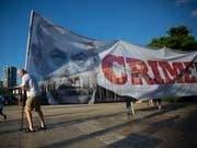 Protest gegen das neue Nationalitätsgesetz in Tel Aviv. (Bild: KEYSTONE/AP/ODED BALILTY)