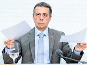Kann in der Frage für ein neues Rahmenabkommen auf das Volk zählen: Aussenminister Ignazio Cassis. (Bild: KEYSTONE/ANTHONY ANEX)