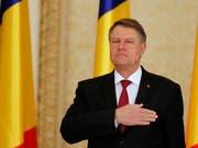 Der rumänische Staatspräsident Klaus Iohannis ist empört über die geplante Strafrechtsänderung. (Archif) (Bild: KEYSTONE/EPA/BOGDAN CRISTEL)
