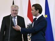 Horst Seehofer (l.) und Sebastian Kurz am Donnerstag in Wien. (Bild: Keystone/APA/APA/HANS PUNZ)