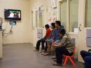 Aufgegriffene jugendliche Migranten in einem Gebäude der US-Grenzbehörde in Tuscan im Bundesstaat Arizona. (Bild: KEYSTONE/AP/CAROLYN KASTER)