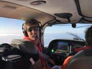 Fabio Zgraggen bei einem Suchflug im Mai 2016. (Bild: Sarah Serafini)