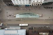 Hier müssen alle durch: Luftansicht des Bohls mit der Calatrava-Halle. (Bild: Benjamin Manser und Michel Canonica)