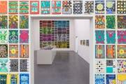1000 A4-Blätter von Claude Sandoz dominieren die Museumswände.