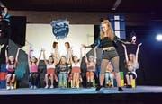 «Back to the 80s», lautete das Abschluss-Musical der Sekundarschule Waldegg. (Bild: Christoph Heer)