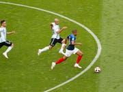 Kylian Mbappé will nach den Argentiniern auch den Uruguayern davonrennen (Bild: KEYSTONE/EPA/ROBERT GHEMENT)
