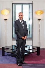 Ihm gefällt es nach wie vor im Departement des Inneren: Bundespräsident Alain Berset. Bild: Claudio Thoma (Lausanne, 3. Juli 2018)