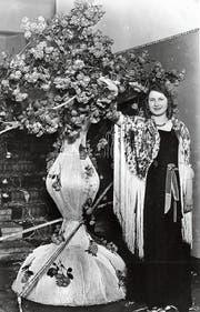 Sie war eine der Allerersten, die am Weggiser Rosenfest inthronisiert wurden: Alice Wild-Muri, die Rosenkönigin des Jahres 1931. (Bild: PD)