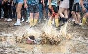 Mit Schwung in den Schlamm: Das war in den letzten Jahren wegen des sommerlich trockenen Wetters auf der Frauenfelder Allmend nicht möglich. (Bild: Reto Martin)
