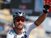 Peter Sagan freut sich über seinen neunten Etappensieg im Rahmen der Tour de France (Bild: KEYSTONE/AP/PETER DEJONG)