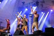 Die Band Voxxclub auf der Bühne im Munzenriet.