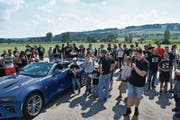 Besonders beliebt an diesem sonnigen Ausflugstag sind die Cabriolets. (Bild: PD)