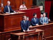 Der französische Präsident Emanuel Macron hielt am Montag eine Grundsatzrede vor dem Parlament. (Bild: KEYSTONE/EPA REUTERS POOL/CHARLES PLATIAU / POOL)