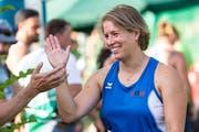 Hammerwerferin Nicole Zihlmann freut sich über Platz 2.Bild: Key (Luzern, 9. Juli 2018)