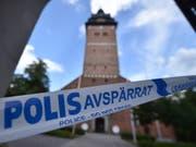 Unbekannte haben aus der Kathedrale von Strängnäs haben zwei Kronen aus dem 17. Jahruhundert und einen Reichsapfel gestohlen. (Bild: KEYSTONE/EPA TT NEWS AGENCY/PONTUS STENBERG)