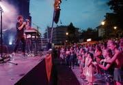 James Gruntz bei seinem Auftritt an der Zuger 1.-August-Feier. (Bild: Stefan Kaiser (Zug, 1. August 2018))
