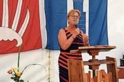 Nationalrätin Edith Graf-Litscher spricht in Herdern. (Bild: Evi Biedermann)