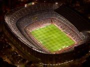 Das Camp Nou, Heimstadion des FC Barcelona, sollte nach den Plänen der Terrorzelle vor einem Jahr angegriffen werden. Eine Explosion in der «Vorbereitungswerkstatt» verhinderte wohl Schlimmeres. (Bild: KEYSTONE/AP/EMILIO MORENATTI)