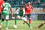 Majeed Ashimeru im Spiel gegen den FC Thun. (Bild: Benjamin Manser)