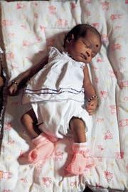Die Schweiz muss ein dunkles Kapitel aufarbeiten: Die Adoption von Kindern aus Sri Lanka. (Bild: Symbolbild: Alamy)
