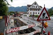 Bauarbeiten an der Rütistrasse in Sarnen. (Bild: Corinne Glanzmann (07. August 2018)