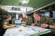Einblick in ein Krisenszenario im Führungssimulator der Schweizer Armee in Kriens. (Bild: Eveline Beerkircher (4. Juli 2018))