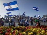 In Nicaragua sind erneut landesweit Demonstranten auf die Strasse gegangen, um eine Erneuerung der politischen Führung des Landes zu fordern. (Bild: KEYSTONE/EPA EFE/ESTEBAN BIBA)