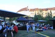 Die Kultucontainer wurden auf der Weierwiese vor der Altstadtkulisse aufgebaut. (Bilder: Christof Lampart)