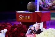 Die Urne von «Spidi». Peter Wetzel nahm sich im Juli das Leben. (Bild:Keystone /Anthony Anex)