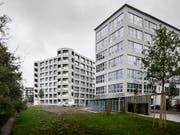 Zusammenrücken: Eine Studie im Auftrag des Städteverbandes macht Empfehlungen zur Siedlungsentwicklung nach innen. Im Bild eine von Herzog & de Meuron geplante Wohnsiedlung in Uster ZH. (Bild: KEYSTONE/CHRISTIAN BEUTLER)