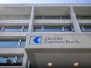 Die Zürcher Kantonalbank muss fast 100 Millionen US-Dollar an die USA überweisen. (Bild: KEYSTONE/GAETAN BALLY)