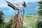 Die Aussicht vom einzigen Masten der Hammenbahn auf genau 1000 Metern über Meer auf Emmetten und den Vierwaldstättersee. (Bilder: Romano Cuonz (Emmetten, 2. August 2018))
