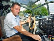 Ist am Freitagnachmittag mit einer Gruppe aus Deutschland abgehoben: Ju-Air-Chefpilot Andreas Pfisterer. (Bild: KEYSTONE/WALTER BIERI)